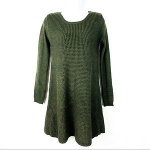 ROMEO + JULIET COUTURE | Green knit sweater dress